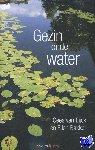 Eijck, Cees van, Bakker, Ellen - Gezin onder water