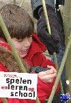 Dobber, Marjolein, Oers, Bert van - Spelen en leren op school