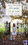 Joubert, Irma - Het meisje uit de trein - POD editie - de aangrijpende geschiedenis van een oorlogsweesje uit Polen dat op zoek gaat naar een nieuw thuis.