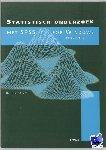 Dalen, J. van, Leede, E. de - Statistisch onderzoek met SPSS for Windows Werkboek - POD editie