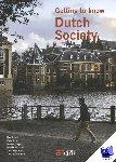 Schuyt, Bas, Schuyt, Kees, Hagers, Marlies, Linthorst, Marijke, Rijpkema, Theo, Schuurman, Theo - Getting to know Dutch society  coursebook