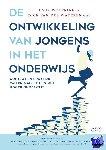Woltring, Lauk, van der Wateren, Dick - De ontwikkeling van jongens in het onderwijs