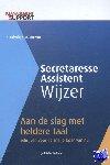Winterkamp, Judith - Secretaresse Assistent Wijzer Aan de slag met heldere taal - schrijven voor de snelle lezer van nu